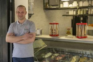 David titolare della gelateria artigianale